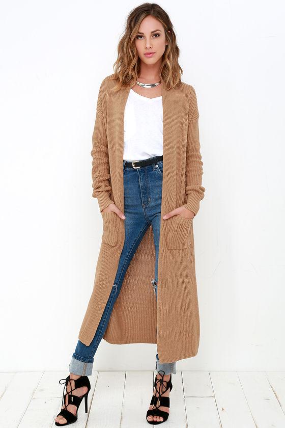 tan long cardigan sweater jeans heals