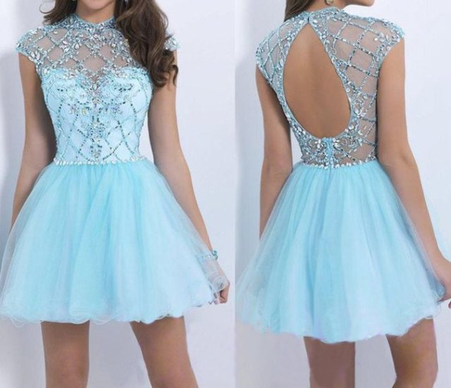 Mini-fit with an open back and light blue and silver flare dress