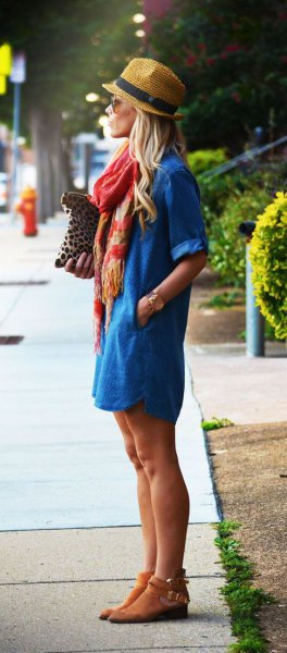 Straw hat with blue denim dress and short suede boots