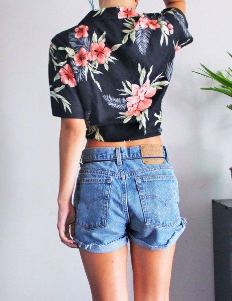 Dark blue Aloha short shirt with blue denim shorts