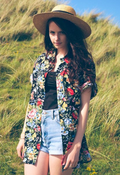 oversized floral and hawaiian shirt with straw hat