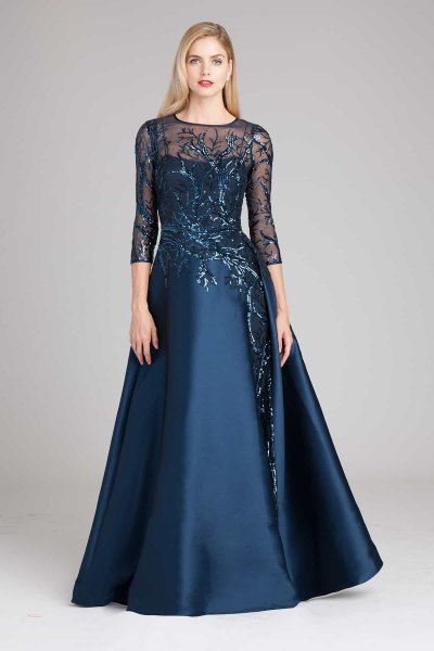 Dark blue maxi dress with chiffon sleeves and flared dress