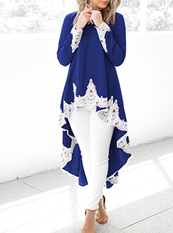 Pale blue tunic dress in royal blue and white lace with skinny jeans