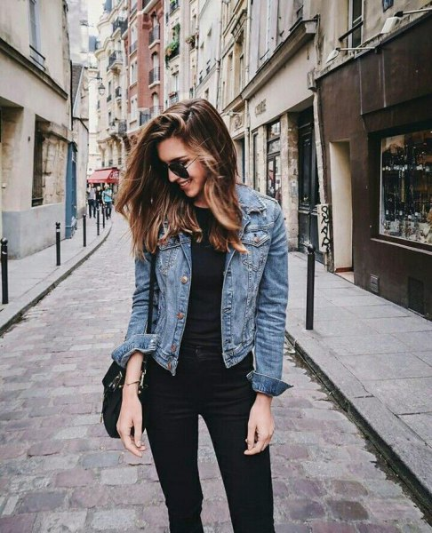 blue jacket with black t-shirt and high waisted skinny jeans