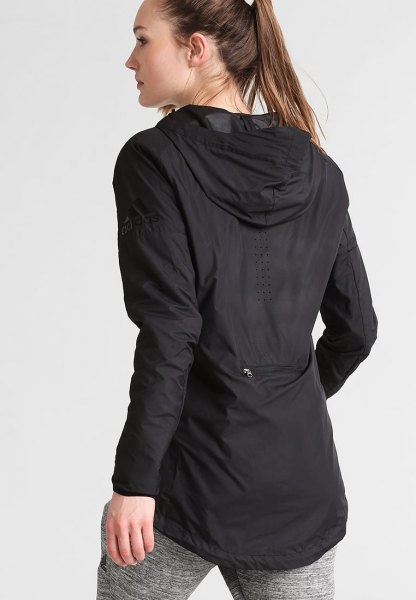 black tunic windbreaker with gray mottled cotton running tights