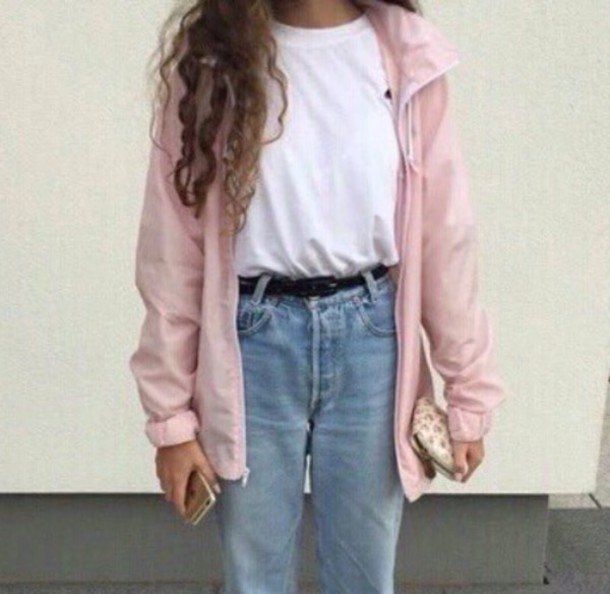 Light pink oversized windbreaker with a white t-shirt and boyfriend jeans