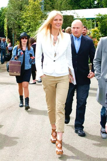 white blazer with camel khaki dress pants