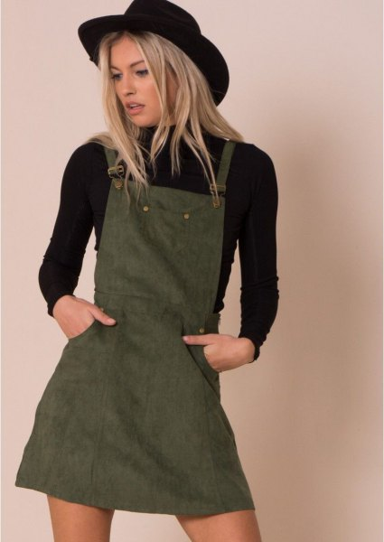 black felt hat with long-sleeved sweater and mini straps khaki dress