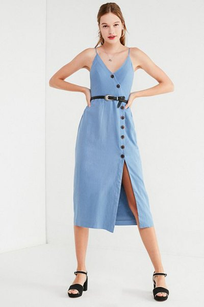 Light blue midi dress with button closure and black, open toe heels
