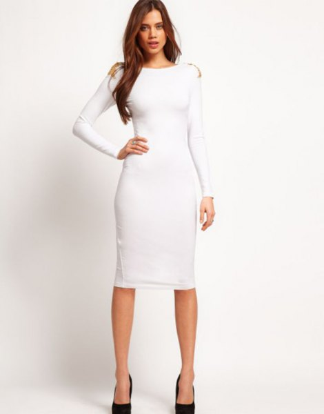 Long sleeve midi dress with a boat neckline and black ballerinas