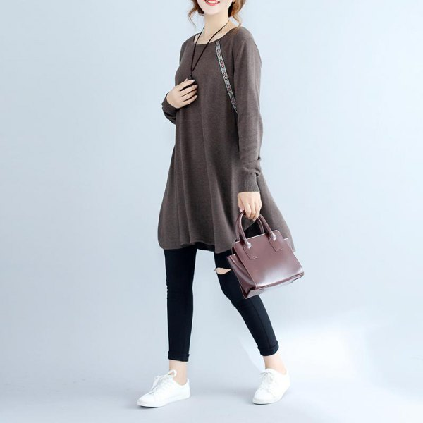 gray tunic-cotton sweater with short black skinny jeans