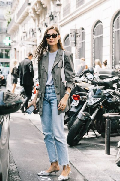 gray longline blazer with light blue vintage mom jeans
