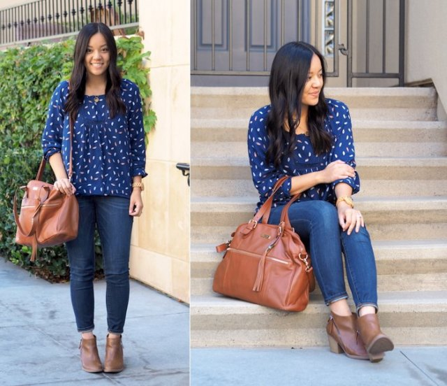 blue and white printed royal blue chiffon blouse with skinny jeans
