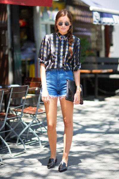 black and white tribal printed blouse with high denim shorts