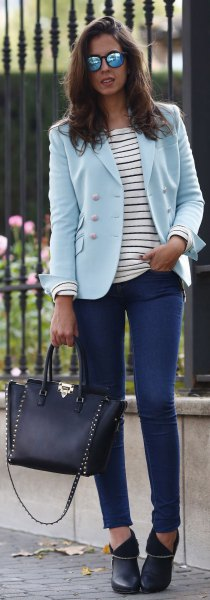 light sky blue blazer with dark skinny jeans