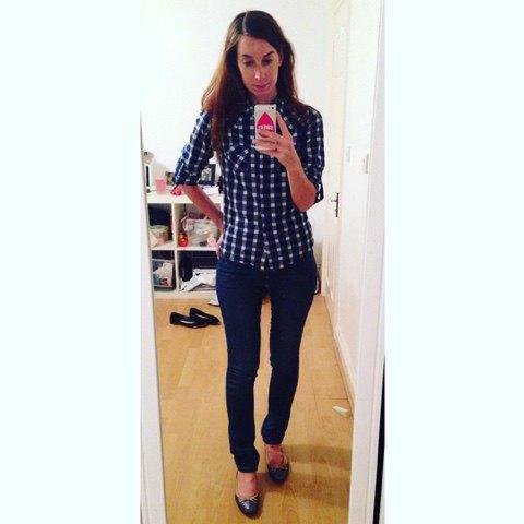 Dark blue and white checkered slim fit shirt with dark jeans