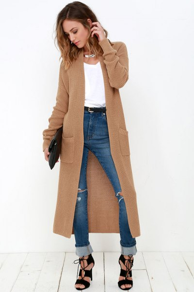 Tan Maxi sweater cardigan with white tank top and blue jeans with cuff