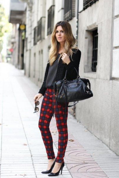 Cardigan with black and white checkered leggings