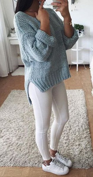 gray, rough knitted sweater with leggings and sneakers