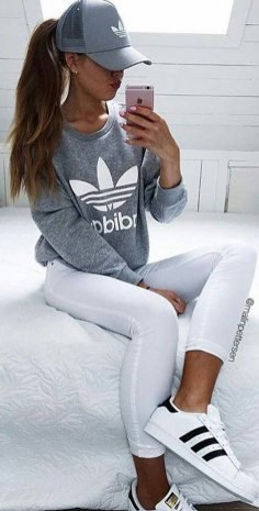 gray graphic sweatshirt with white running leggings