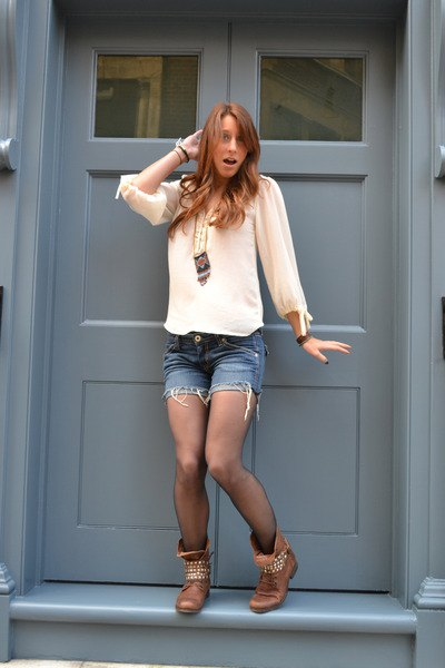 white chiffon blouse with jeans mini shorts and brown combat boots with rivets