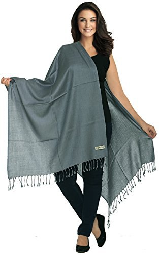 gray blanket scarf with black tank top and matching slim fit jeans