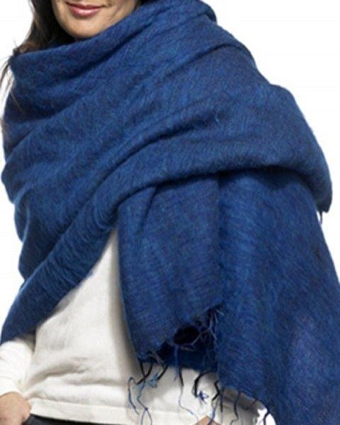 royal blue wool scarf with white sweatshirt