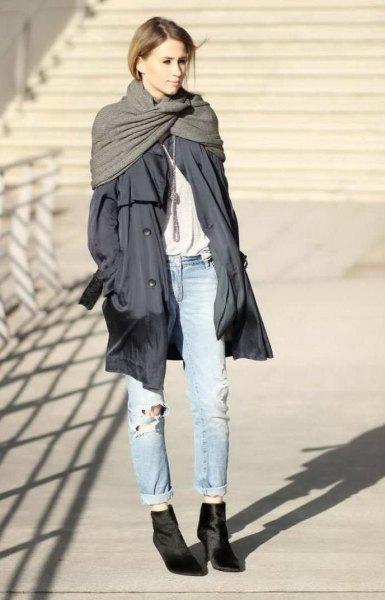 gray longline parka jacket with light blue boyfriend jeans with cuffs