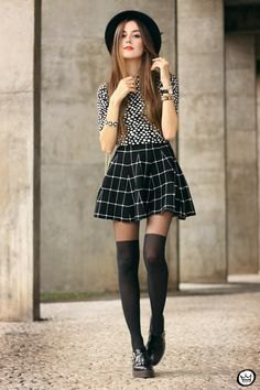 Black and white blouse with miniskirt skirt