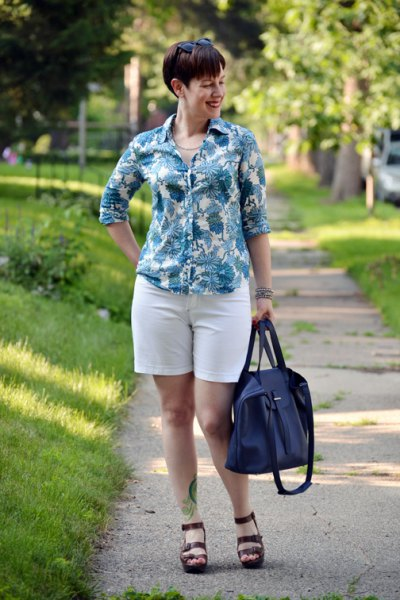 gray and white batik shirt with a slim fit and shorts