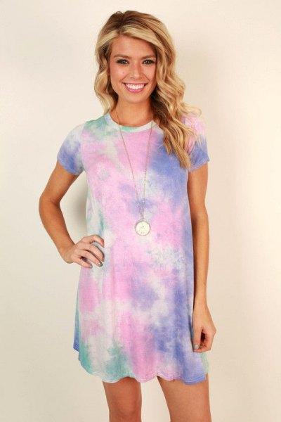 blue short sleeve batik t-shirt dress with boho style necklace