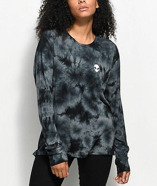 Tie dye long sleeve t-shirt with black skinny jeans