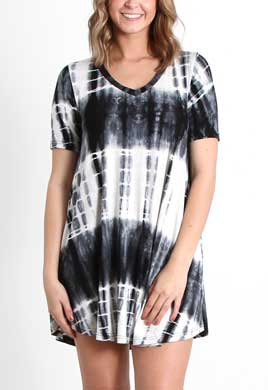 short-sleeved black and white batik swing mini dress