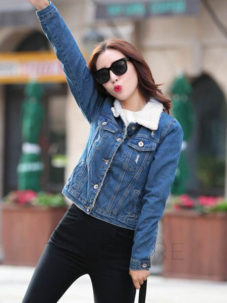blue denim jacket with fleeced line and dark skinny jeans