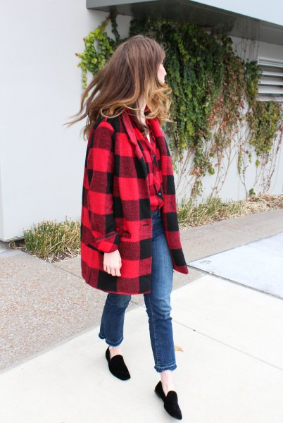 red and black wool coat with black suede shoes