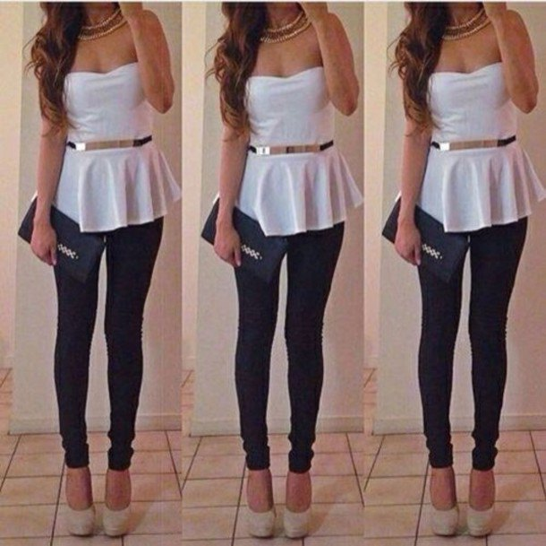 white strapless peplum blouse with belt and dark blue skinny jeans