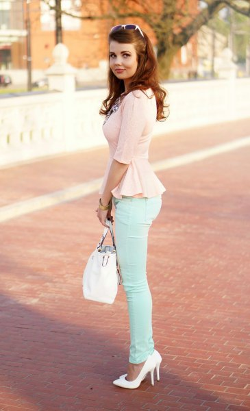 Peplum chiffon blouse with white skinny jeans