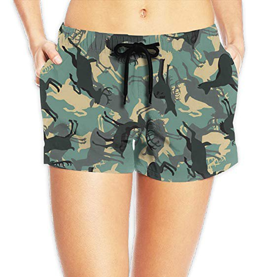 Mini shorts with camo amimal print and white, short-cut t-shirt