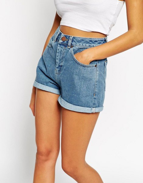 white short t-shirt with light blue mom denim shorts with cuff