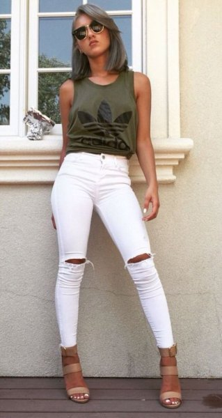 green graphic tank with white skinny jeans
