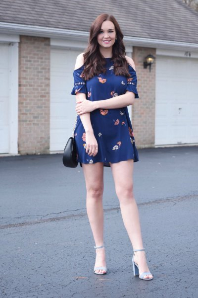 Cold shoulder mini dress in navy blue with light blue sandals
