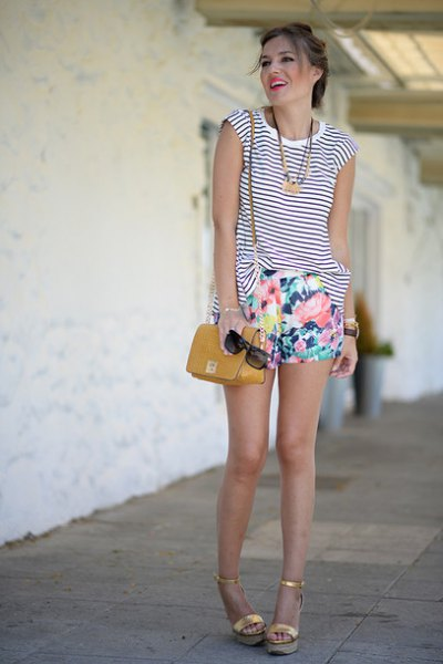 sleeveless black and white striped tank top with floral mini shorts