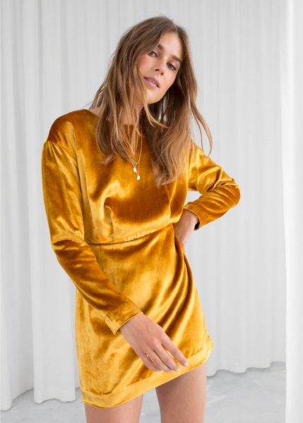 golden mustard shirt dress with heels