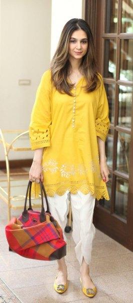Mustard tunic wide sleeveless boho shirt with white pants