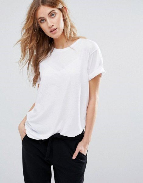 white t-shirt with black boyfriend jeans
