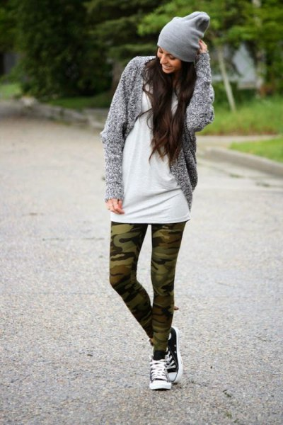 white tunic dress with gray mottled cardigan and camo leggings