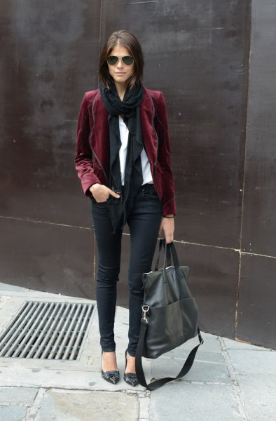 gray blazer with white blouse and black long scarf