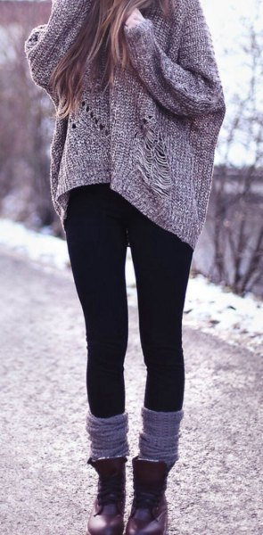 gray, chunky, ribbed sweater with black winter leggings