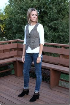 gray tweed suit blazer with white long-sleeved t-shirt and black ankle boots