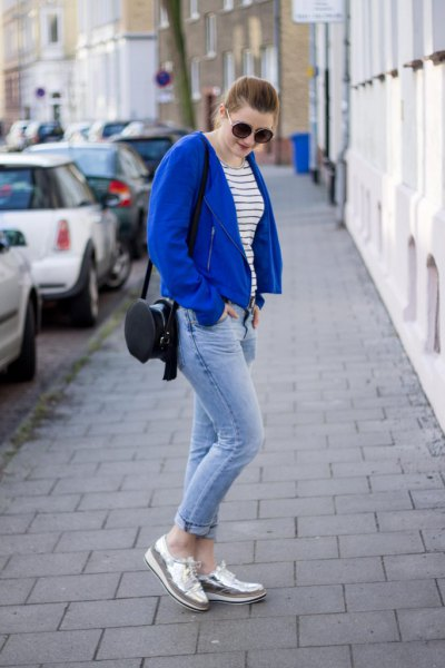casual blazer in royal blue with jeans and silver loafers